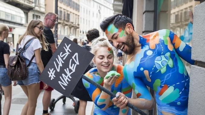 [EU 리포트] 러쉬, 패키징 없는 제품 '러쉬 네이키드 숍' 첫 오픈