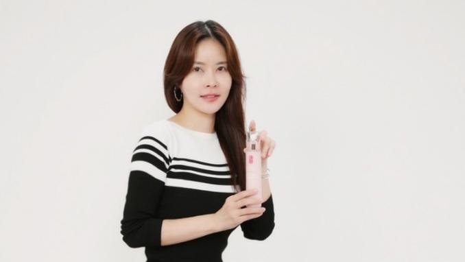방송인 김채현, '다프네 순애보' 뷰티모델 발탁