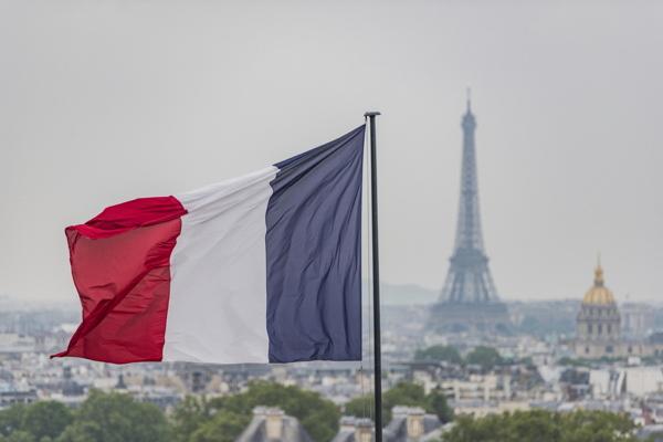 프랑스 화장품 업계는 매년 매출액의 약 2%를 연구개발에 투자하고 있다. 사진 출처 : © Creative Lab